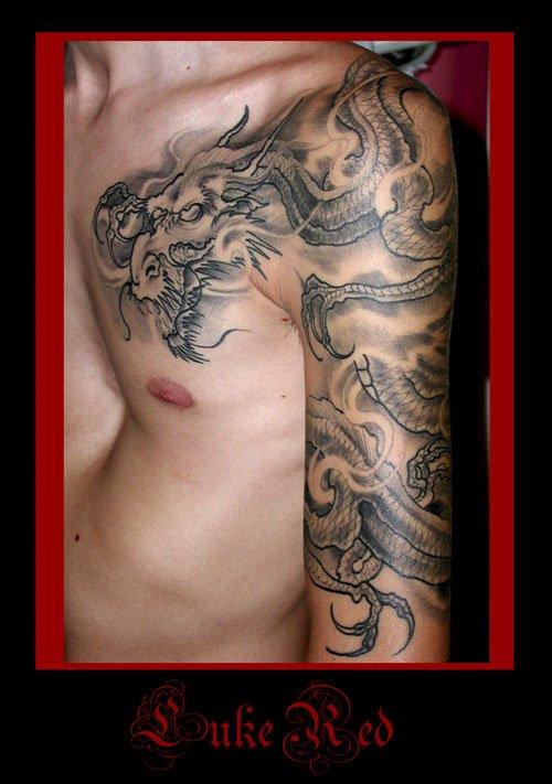 Tatuaggio DRAGONE tatuaggio GIAPPONESE JAPAN TATTOO BY LUKE RED TATTOO VERONA DOMEGLIARA