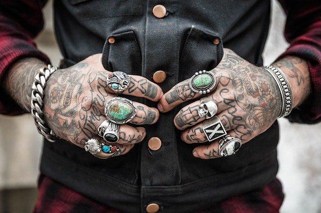 Ci sono parti del corpo più delicate per i tatuaggi ?
