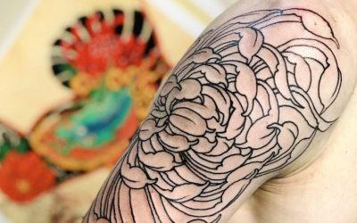 Tatuaggio Crisantemo full slave prima seduta outline